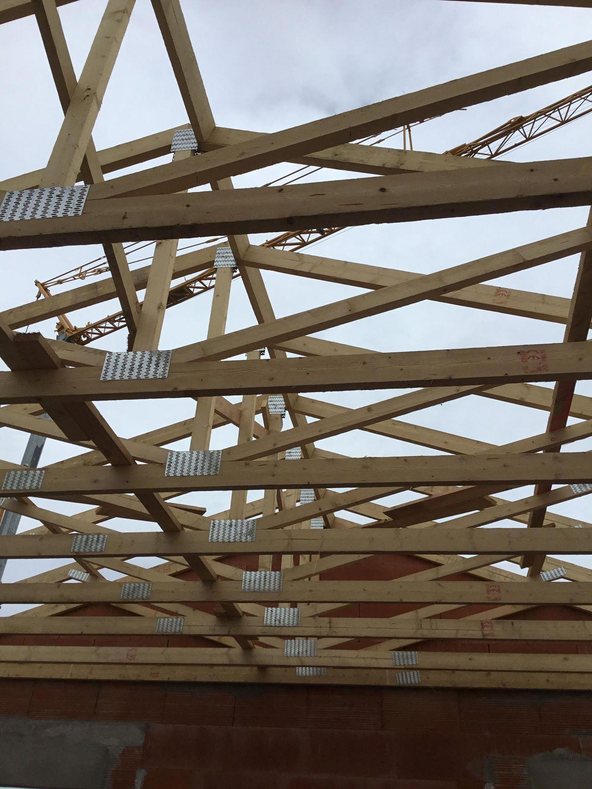 Bois de charpente pas cher isolation charpente bois - Shingle brico depot ...